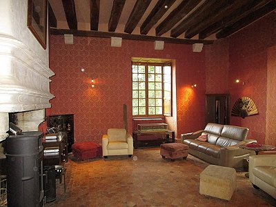 Image 7 | Charming French Chateau for Sale in the Loire Valley with 11 Bedrooms and Boutique Hotel Appeal 187049