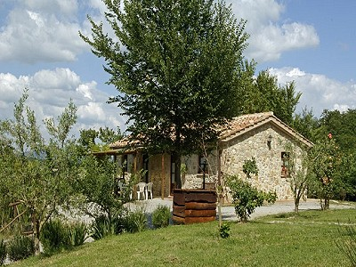 Image 2 | Agrotourism Complex with 4 Farmhouses in Citta Della Pieve, Umbria for sale with 90000m2 of land 187103