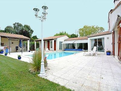 7 bedroom villa for sale, Royan, Charente-Maritime, Poitou-Charentes