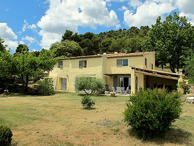 5 bedroom farmhouse for sale, Vaugines, Vaucluse, Provence French Riviera