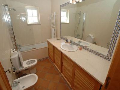 Image 8   3 bedroom apartment for sale, Praia d'el Rey, Serra d'el Rei, Leiria District, Costa de Prata Silver Coast 187270