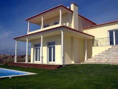 Image 2   4 bedroom villa for sale with 0.22 hectares of land, Areia Branca, Lourinha, Lisbon District, Costa de Prata Silver Coast 187295