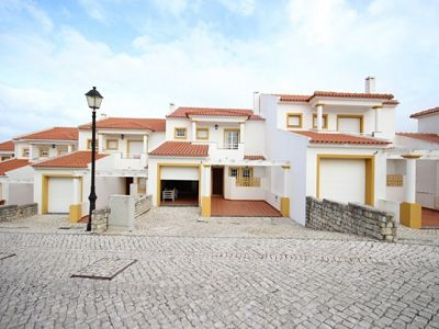 3 bedroom townhouse for sale, Praia d'el Rey, Serra d'el Rei, Leiria District, Costa de Prata Silver Coast