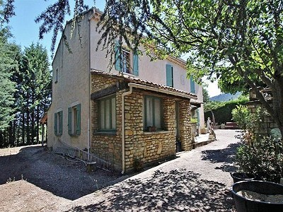5 bedroom farmhouse for sale, Saignon, Vaucluse, Provence French Riviera