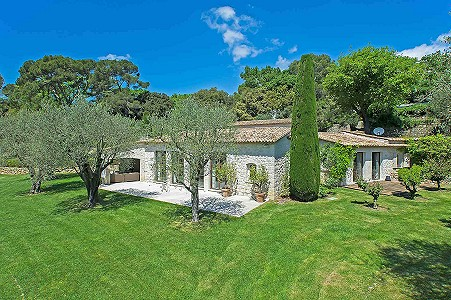 Image 2 | 6 bedroom farmhouse for sale with 1.02 hectares of land, Fontmerle, Mougins, French Riviera 187825
