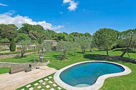 Image 3 | 6 bedroom farmhouse for sale with 1.02 hectares of land, Fontmerle, Mougins, French Riviera 187825