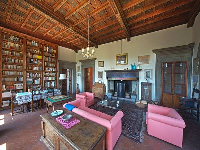 Image 2 | Fabulous Castle / Villa near to Florence in Tuscany for Sale with Boutique Hotel Opportunities  188284