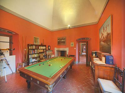 Image 4 | Fabulous Castle / Villa near to Florence in Tuscany for Sale with Boutique Hotel Opportunities  188284