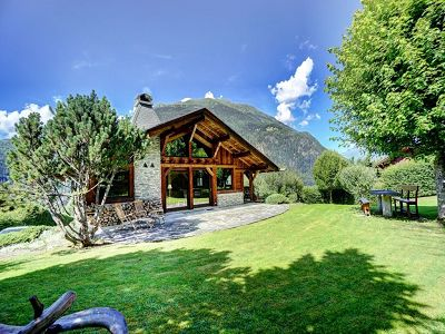 5 bedroom ski chalet for sale, Mont Blanc, Les Houches, Haute-Savoie, Rhone-Alpes