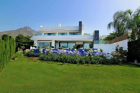 5 bedroom villa for sale, Nagueles, Marbella Golden Mile, Malaga Costa del Sol