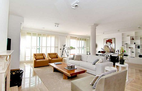 4 bedroom apartment for sale, Condado de Sierra Blanca, Marbella Golden Mile, Malaga Costa del Sol
