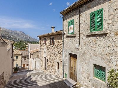 3 bedroom house for sale in Pollenca