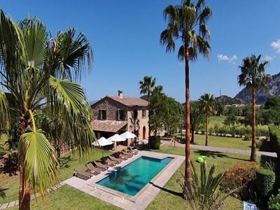 5 bedroom farmhouse for sale in Pollenca