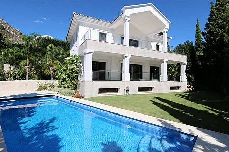 5 bedroom villa for sale, Cascada de Camojan, Marbella Golden Mile, Malaga Costa del Sol