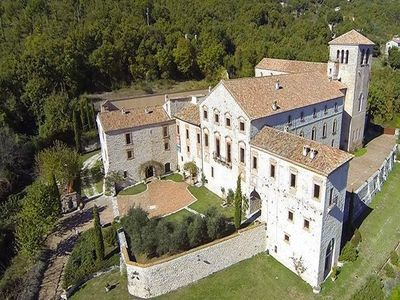 Image 1 | Magnificent renovated former abbey with various apartments for sale in Rieti  194139
