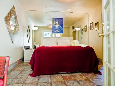 Hotel palm springs usa 194180 prestige property group for Award winning boutique hotel