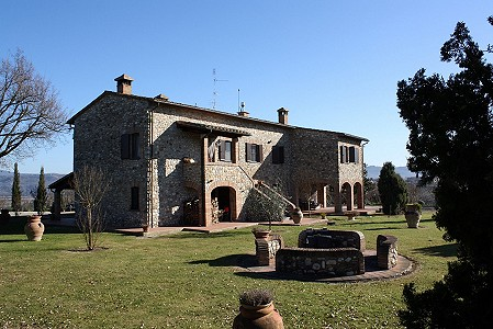 5 bedroom farmhouse for sale, Fabro, Terni, Umbria