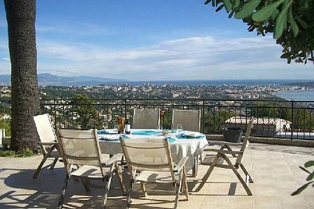 3 bedroom villa for sale, Golfe Juan, Antibes Juan les Pins, Provence French Riviera