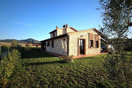 3 bedroom villa for sale, Volterra, Pisa, Tuscany