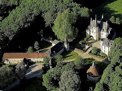 Image 1 | Delightful French Chateau for Sale  with Boutique Hotel Possibilities under 2 Hours from Paris 194772