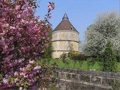 Image 3   Delightful French Chateau for Sale  with Boutique Hotel Possibilities under 2 Hours from Paris 194772
