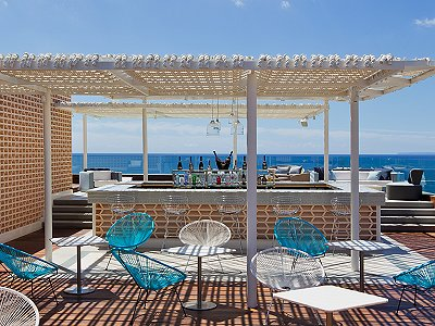 Image 3 | Stunning sea front 5 star boutique hotel for sale in Ibiza 194979