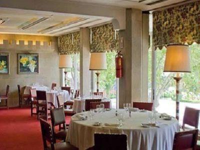 130 bedroom hotel for sale, Cascais, Lisbon
