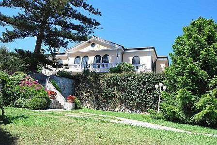 Ospedaletti villas for sale