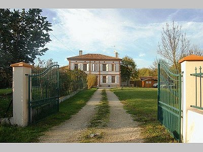 8 bedroom manor house for sale, Toulouse, Haute-Garonne, Midi-Pyrenees