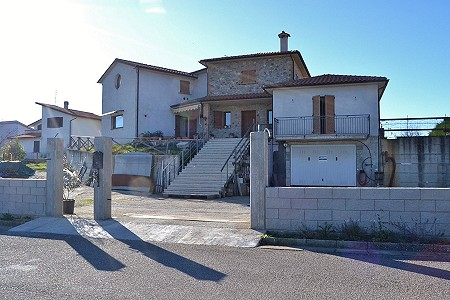 4 bedroom house for sale, Ficulle, Terni, Umbria