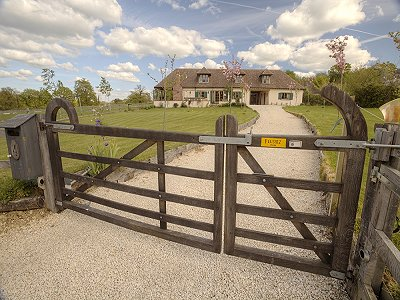 Superb equestrian property for sale in Creuse with separate guest suite