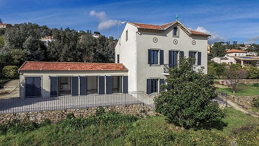 2 bedroom villa for sale, Vallauris, Antibes Juan les Pins, Provence French Riviera