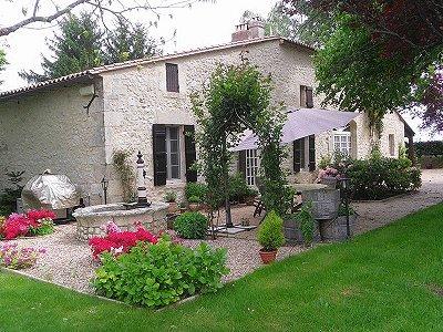 3 bedroom farmhouse for sale, Castillon La Bataille, Gironde, Aquitaine