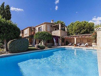 6 bedroom villa for sale, Camp de Mar, South Western Mallorca, Mallorca