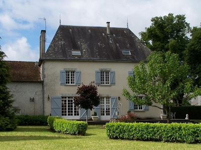Beautiful 'maison de caratere' for sale in the Limousin with 5 bedrooms