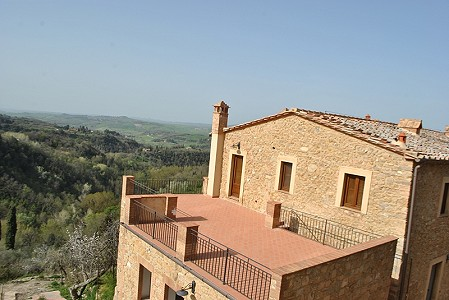 2 bedroom apartment for sale, Volterra, Pisa, Tuscany