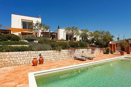 Image 1 | 7 Bedroom Villa For Sale, Carvoeiro, Lagos, Algarve 196098