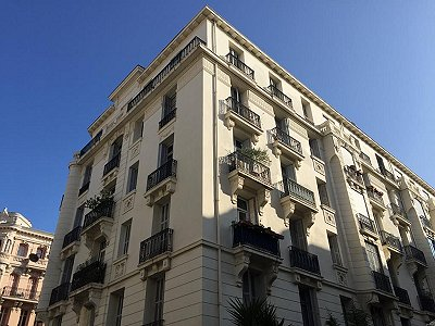 2 bedroom apartment for sale, Nice, Provence French Riviera