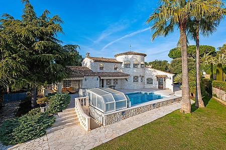 5 bedroom villa for sale, Super Cannes, Vallauris, Antibes Juan les Pins, Provence French Riviera