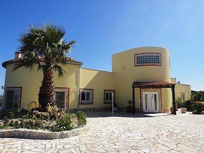 3 bedroom villa for sale, Obidos, Leiria, Central Portugal