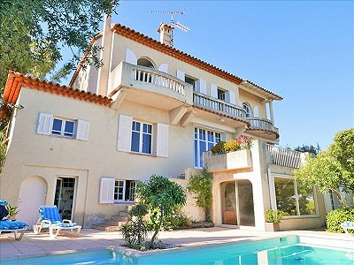 8 bedroom villa for sale, Sainte Maxime, Provence French Riviera
