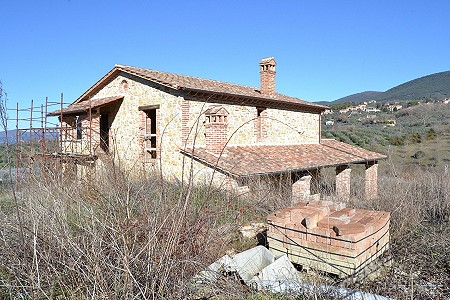 3 bedroom farmhouse for sale, Montecchio, Terni, Umbria