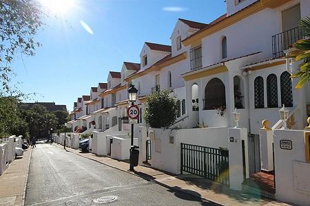 5 bedroom house for sale, Seghers, Estepona, Malaga Costa del Sol, Andalucia