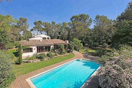 5 bedroom villa for sale, Village, Valbonne, Provence French Riviera