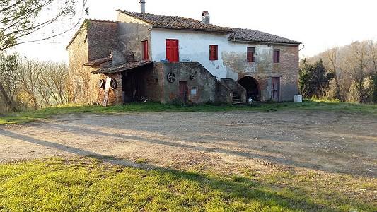 3 bedroom farmhouse for sale, Capannoli, Pisa, Tuscany