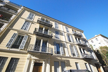 3 bedroom penthouse for sale, Carre D'or, Nice, Provence French Riviera