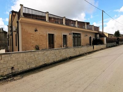 8 bedroom house for sale, Rigolizia, Syracuse, Sicily