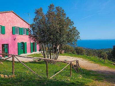 5 bedroom farmhouse for sale, Quercianella, Livorno, Tuscany