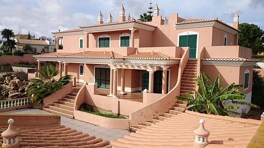 3 bedroom villa for sale, Santa Maria, Faro, Algarve