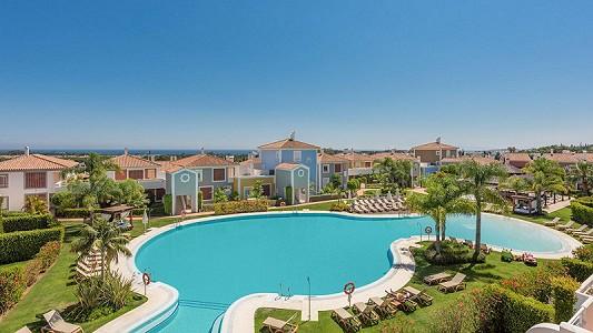 2 bedroom apartment for sale, Estepona, Malaga Costa del Sol, Andalucia